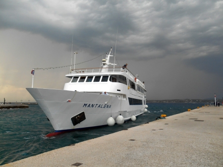 mantalena_in storm